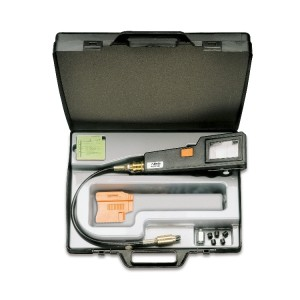 Instrumento para el control de la compresión en los motores  de gasolina
