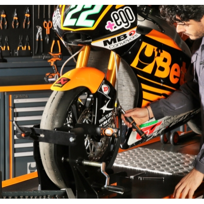 Oprava motocyklů