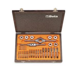 Assortimento di maschi  e filiere con accessori  in acciaio al cromo  filettatura metrica in cassetta di legno