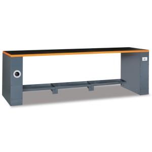 Stół warsztatowy o długości 2,8 m z dodatkowym wyposażeniem, system RSC55