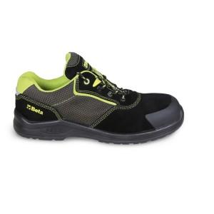 Sapato de camurça com inserções de malha altamente respirável e reforço anti-abrasão na área da biqueira