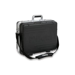 Nářaďový kufr, vyroben ze silného polypropylenu, s hliníkovými hranami, prázdný