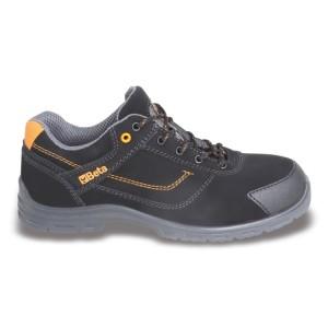 Bezpečnostní boty z vodotěsné kůže nubuk, s vložkou na špici proti opotřebení.