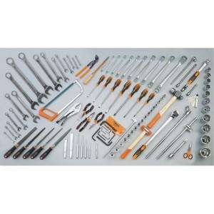 Sada 106 nástrojů pro zemědělské, stavební a zemní stroje