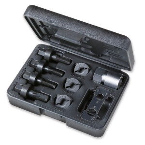 Tool assortment for repairing male and female threads, wheel fixing screws