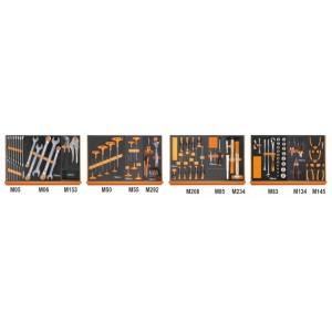 Assortment of 130 tools in soft foam trays