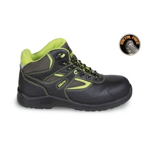 Leather ankle shoe, water-repellent, with nylon inserts, anti-abrasion reinforcement in toe cap area and quick opening system