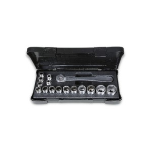 Set of 15 sockets and 1 ratchet,  made of stainless steel, in plastic case
