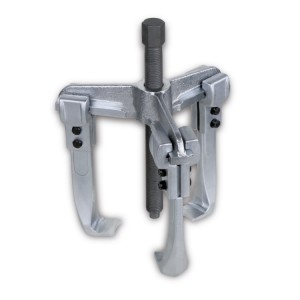 Three-leg universal pullers