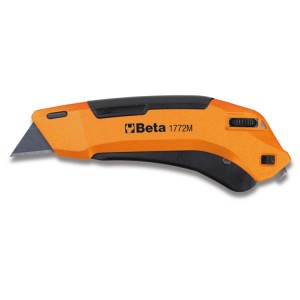 Safety utility knife with retractable blade, supplied with 3 blades