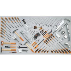 Assortment of 94 tools for car body repair shops