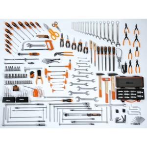 Assortment of 174 tools