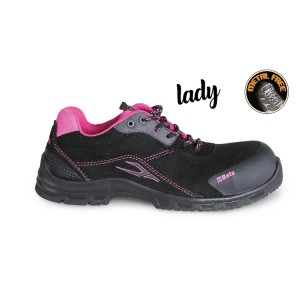 Women's suede shoe, waterproof, with anti-abrasion insert in toe cap area