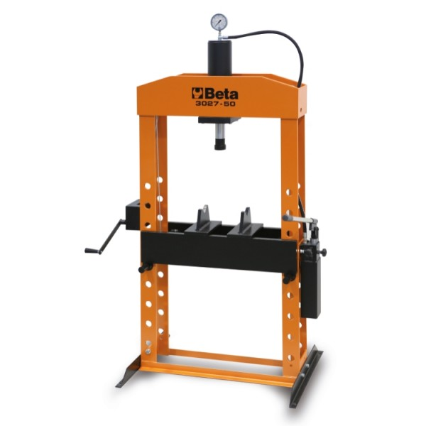 Hydraulic press with moving piston and hoist 3027 50 – Beta Tools