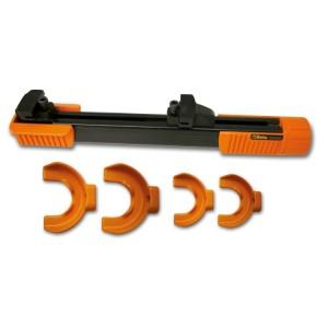 Compresor para muelles amortiguadores MacPherson y equivalentes con cuatro estribos y protecciones para el cuerpo