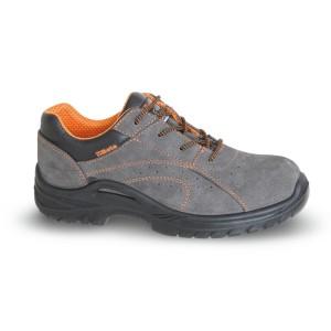 Chaussure basse type tennis aérée, en croûte de velours souple