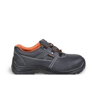 Chaussure basse en cuir pigmenté hydrofuge