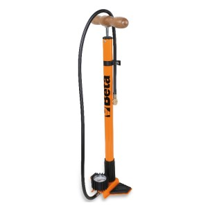 Pompe à pied avec manomètre