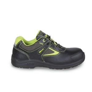 Leren schoen, waterafstotend,met nylon inzetstukken en schuurbestendige versteviging op het neusgedeelte